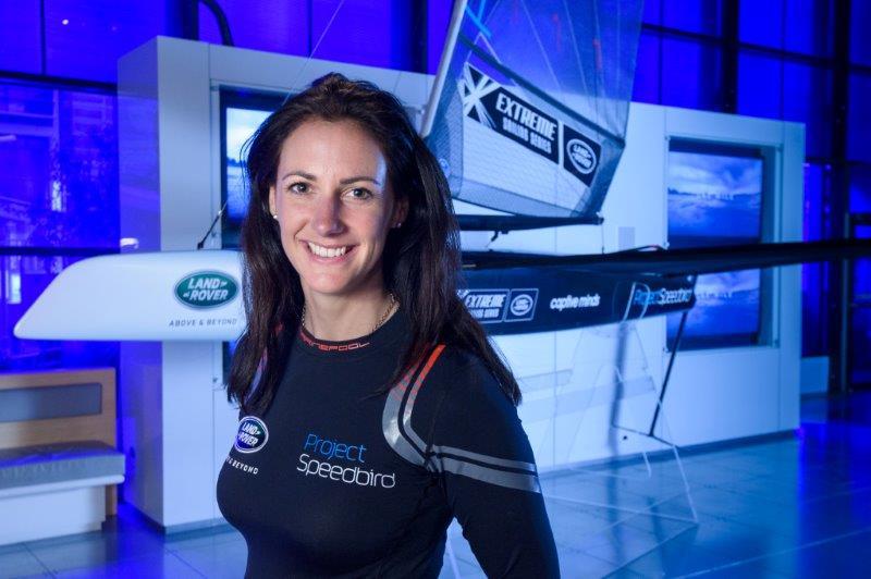 Tv-stjernen Hannah White er vild med sejlsport og vil forsøge at sætte verdensrekord i sin specialbyggede Speedbird-moth