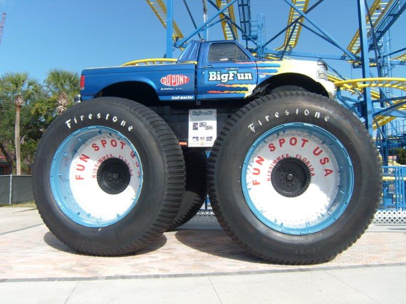 007 Big Foot Monster Truck Fun Spot USA Kissimmee